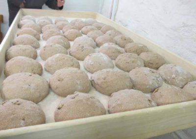 il riposo della forma di pane alle noci prima della cottura