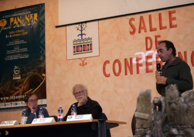 conferenza 2019 - Gressan - prof Chiesa e Supiot 1S9D0126